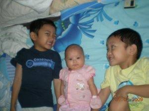 2 boys 1 girl